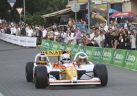 F1_renault_demo_3seater_20090921