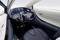 Nissan_landgrider_20091008b