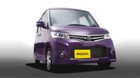 Nissan_roox_20091008