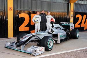 F1_mercedes_gp_w01_20100201b